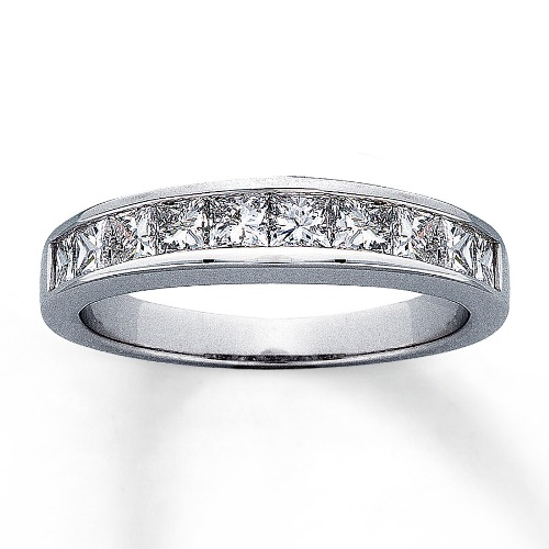 14k White Gold Ladies Diamond Wedding Ring 1.00Ct Total Weights