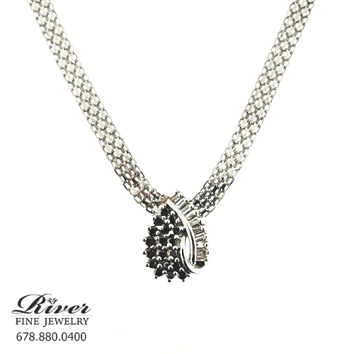 14k White Gold Ladies Diamond Necklace 1.00Ct Total Weight